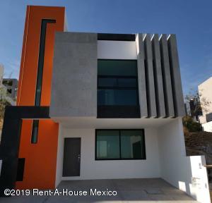 Casa En Rentaen Atizapan De Zaragoza, Residencial Lago Esmeralda, Mexico, MX RAH: 19-938