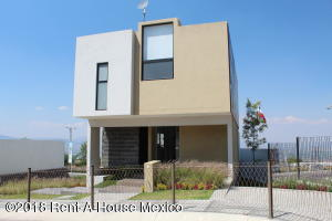 Casa En Ventaen El Marques, Zibata, Mexico, MX RAH: 19-948