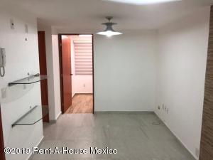 Departamento En Rentaen Miguel Hidalgo, Anahuac, Mexico, MX RAH: 19-997