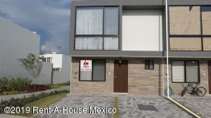 Casa En Rentaen Queretaro, El Refugio, Mexico, MX RAH: 19-1010