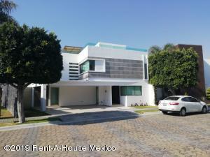 Casa En Rentaen San Andres Cholula, La Isla Lomas De Angelopolis, Mexico, MX RAH: 19-1036