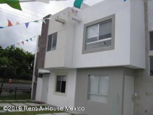 Casa En Ventaen El Marques, Real Solare, Mexico, MX RAH: 19-1048