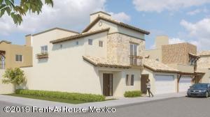 Casa En Ventaen Queretaro, La Vista, Mexico, MX RAH: 19-1052