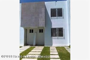 Casa En Rentaen Queretaro, Sonterra, Mexico, MX RAH: 19-1062