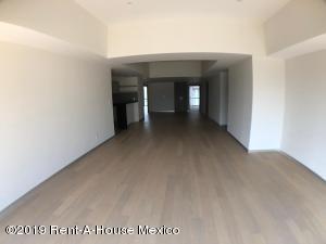 Departamento En Rentaen Huixquilucan, Bosque Real, Mexico, MX RAH: 19-1083