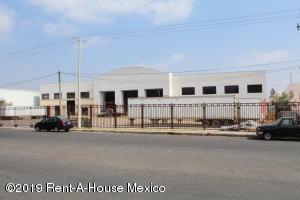 Nave Industrial En Rentaen El Marques, Parque Industrial Bernardo Quintana, Mexico, MX RAH: 19-1156