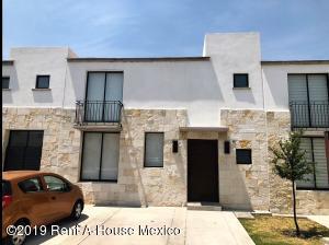 Casa En Rentaen Queretaro, El Refugio, Mexico, MX RAH: 19-1201