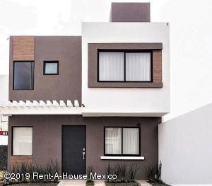 Casa En Rentaen El Marques, Zakia, Mexico, MX RAH: 19-899