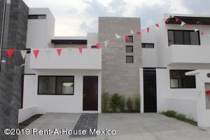 Casa En Ventaen Queretaro, El Refugio, Mexico, MX RAH: 19-1227