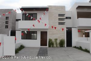 Casa En Ventaen Queretaro, El Refugio, Mexico, MX RAH: 19-1228