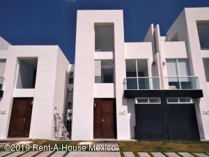 Casa En Rentaen El Marques, Zakia, Mexico, MX RAH: 19-1238