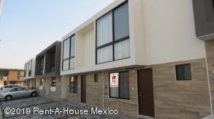 Casa En Rentaen Queretaro, El Refugio, Mexico, MX RAH: 19-1272