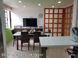 Casa En Ventaen Naucalpan De Juarez, San Mateo Nopala, Mexico, MX RAH: 19-1282