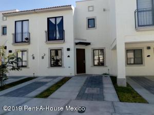 Casa En Rentaen El Marques, Zakia, Mexico, MX RAH: 19-1306