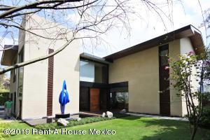 Casa En Ventaen Cuajimalpa De Morelos, San Mateo Tlaltenango, Mexico, MX RAH: 19-1341