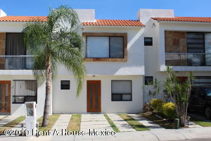 Casa En Ventaen Queretaro, Valle De Juriquilla, Mexico, MX RAH: 19-1359