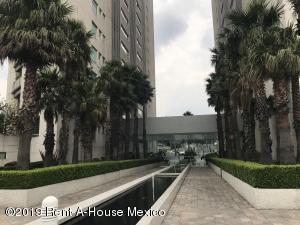 Departamento En Rentaen Cuajimalpa De Morelos, Bosques De Las Lomas, Mexico, MX RAH: 19-1380