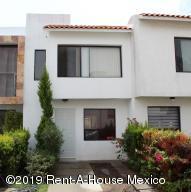 Casa En Ventaen Queretaro, Sonterra, Mexico, MX RAH: 19-1397
