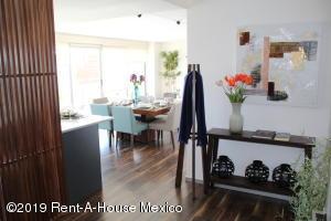 Departamento En Ventaen Queretaro, Cumbres Del Lago, Mexico, MX RAH: 19-324
