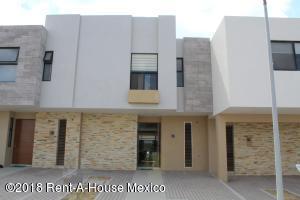 Casa En Rentaen Queretaro, El Refugio, Mexico, MX RAH: 19-1415