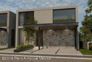 Casa En Ventaen Queretaro, Altozano, Mexico, MX RAH: 19-1449