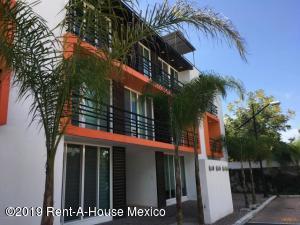 Departamento En Rentaen Corregidora, El Pueblito, Mexico, MX RAH: 19-1454