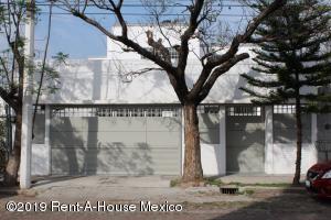 Casa En Ventaen Queretaro, Arboledas, Mexico, MX RAH: 19-1461