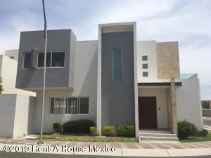 Casa En Ventaen Queretaro, Cumbres Del Lago, Mexico, MX RAH: 19-1465