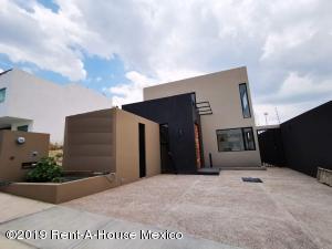 Casa En Ventaen Queretaro, Cumbres Del Lago, Mexico, MX RAH: 19-1546