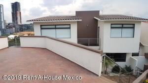 Casa En Rentaen Huixquilucan, Bosque Real, Mexico, MX RAH: 19-1219