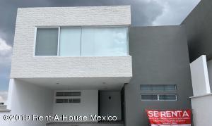 Casa En Rentaen Queretaro, Cumbres Del Lago, Mexico, MX RAH: 19-1553