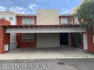 Casa En Ventaen Queretaro, Arboledas, Mexico, MX RAH: 19-1512