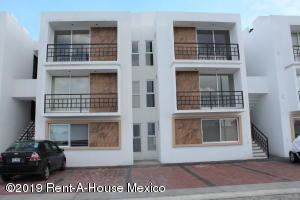 Departamento En Ventaen Queretaro, Santa Maria Magdalena, Mexico, MX RAH: 19-1713