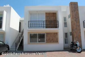 Departamento En Ventaen Queretaro, Santa Maria Magdalena, Mexico, MX RAH: 19-1712