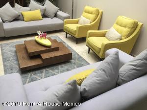 Casa En Rentaen Cuajimalpa De Morelos, Campestre Palo Alto, Mexico, MX RAH: 19-1717