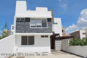 Casa En Ventaen Queretaro, Lomas De Juriquilla, Mexico, MX RAH: 19-1722