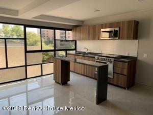 Departamento En Ventaen Cuajimalpa De Morelos, Bosques De Las Lomas, Mexico, MX RAH: 19-84