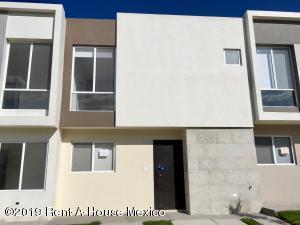 Casa En Rentaen El Marques, Zakia, Mexico, MX RAH: 19-1743
