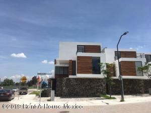Casa En Ventaen Corregidora, Canadas Del Arroyo, Mexico, MX RAH: 19-1751