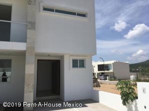 Casa En Ventaen Corregidora, Canadas Del Arroyo, Mexico, MX RAH: 19-1758