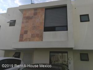 Casa En Ventaen Queretaro, Sonterra, Mexico, MX RAH: 19-1836