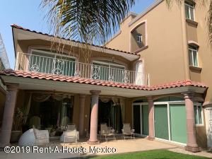 Casa En Ventaen Queretaro, Loma Dorada, Mexico, MX RAH: 19-1837
