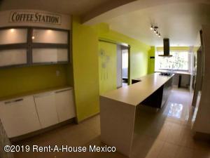 Departamento En Rentaen Huixquilucan, Villa Florence, Mexico, MX RAH: 19-1839