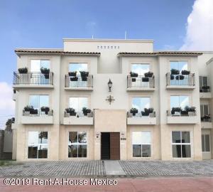 Departamento En Ventaen Queretaro, Penuelas, Mexico, MX RAH: 19-1803