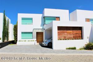 Casa En Rentaen Queretaro, Juriquilla, Mexico, MX RAH: 19-1866