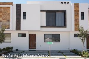 Casa En Ventaen Corregidora, El Condado, Mexico, MX RAH: 19-1868