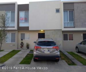 Casa En Rentaen El Marques, Zakia, Mexico, MX RAH: 19-1877