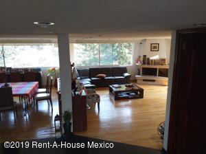 Casa En Ventaen Huixquilucan, Bosques De La Herradura, Mexico, MX RAH: 19-529