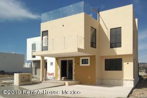 Casa En Ventaen Corregidora, Canadas Del Arroyo, Mexico, MX RAH: 19-1993