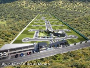 Terreno En Ventaen Queretaro, Jurica, Mexico, MX RAH: 19-2002
